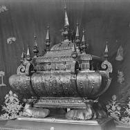 ENRIQUE CARDONA. Urna de plata repujada, por Luis Puig, 1637. Monumento de Jueves Santo de la Basílica de Nuestra Señora de los Desamparados de Valencia. En paradero desconocido.1925. ES.462508.ADPV/Colección Cardona, imagen nº 00563